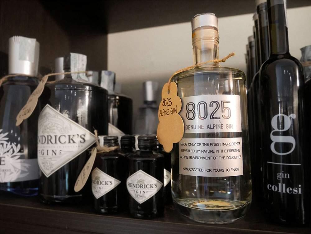 Gin esposti in negozio